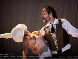 """""""Vizinhos"""" une circo e surrealismo para retratar os desafios nas relações cotidianas de um casal"""