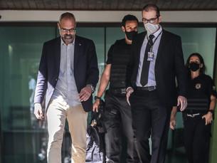 Alexandre de Moraes determina quebra de sigilo de investigados e bloqueio de perfis na internet