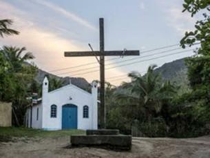 Prefeitura de Ilhabela fará reforma de cruzeiro alvo de vandalismo no Bonete