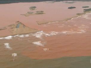Rompimento de barragem em Mariana causou danos irreversíveis à foz do Rio Doce, diz estudo da Unicam
