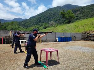 Guarda Civil de São Sebastião participa de treinamento para manuseio de calibre 12