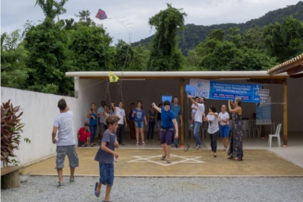 Oficina de pipas - Foto: Luciano Vieira/PMSS