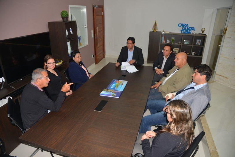 Aguilar Junior fala sobre convênio com Secretaria da Fazenda do Estado de São Paulo em reunião. - Foto: Claudio Gomes/PMC