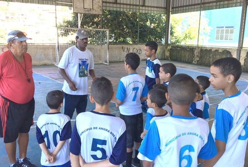 Escolinha de futebol terá treinos às segundas e quartas-feiras - Foto: Divulgação/PMAngra