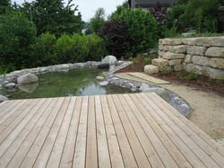 Holzelemente in der Gartengestaltung