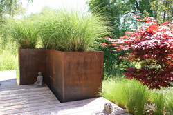 Gartensitzplatz mit Metall