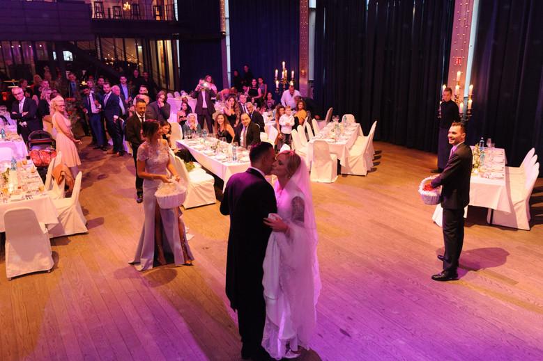 Hochzeitsfotos_Essen_Deana_oezkan_00036.