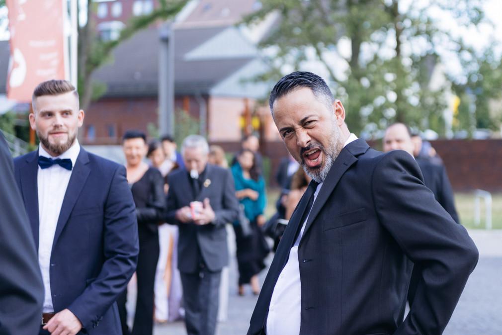 Hochzeitsfotos_Essen_Deana_oezkan_00017.