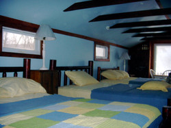 Bunk Room with 3 full size log beds