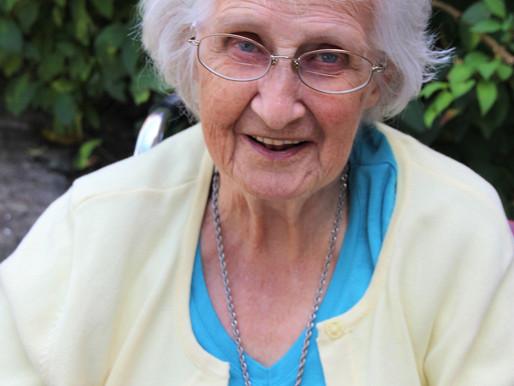 Arlene I.(Gover) Dextraze (1927 - 2017)