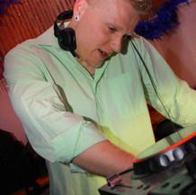 Casino, Koks und Nutten - Nubeatzz Club Dresden (2010-10-09)