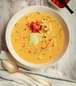 creamy-salmon-and-roasted-corn-with-cilantro-creme-fraiche_gcc_recipe_main