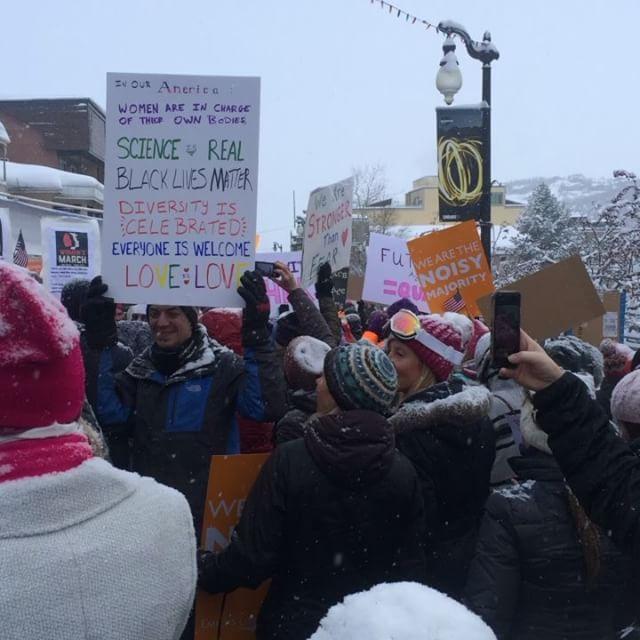 The crowd awaits the march down #mainstreet #chelseahandler #parkcity #sundance #sundancefilmfestival #womensmarch