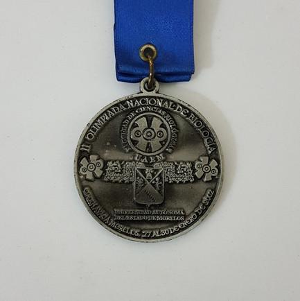 onceava-olimpiada-nacional-de-biologia-segundo-lugar-2002-medalla-2-ingeniero-biotecnologo-victor-hugo-gomez-hernandez.jpg