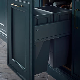 Today's kitchens must work harder than ever. Rely on our expert approach to blending traditional styling with contemporary needs – this neat and discreet waste sorter is a perfect example.