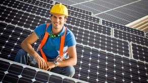 Estudo mostra que o solar é a energia renovável que mais emprega no mundo.