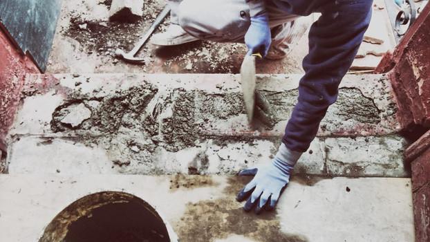 DBe repairs browstone stoop.