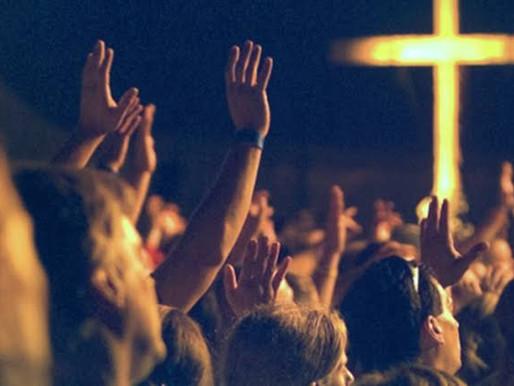 A industria gospel está matando a verdadeira adoração
