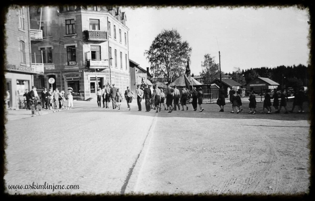 Flaggparaden avsluttes 1952
