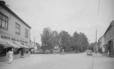 Jernbanegata ca 1935.Foto:Mittet