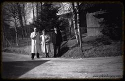 Ole Johansen,Larsen og frue 1952