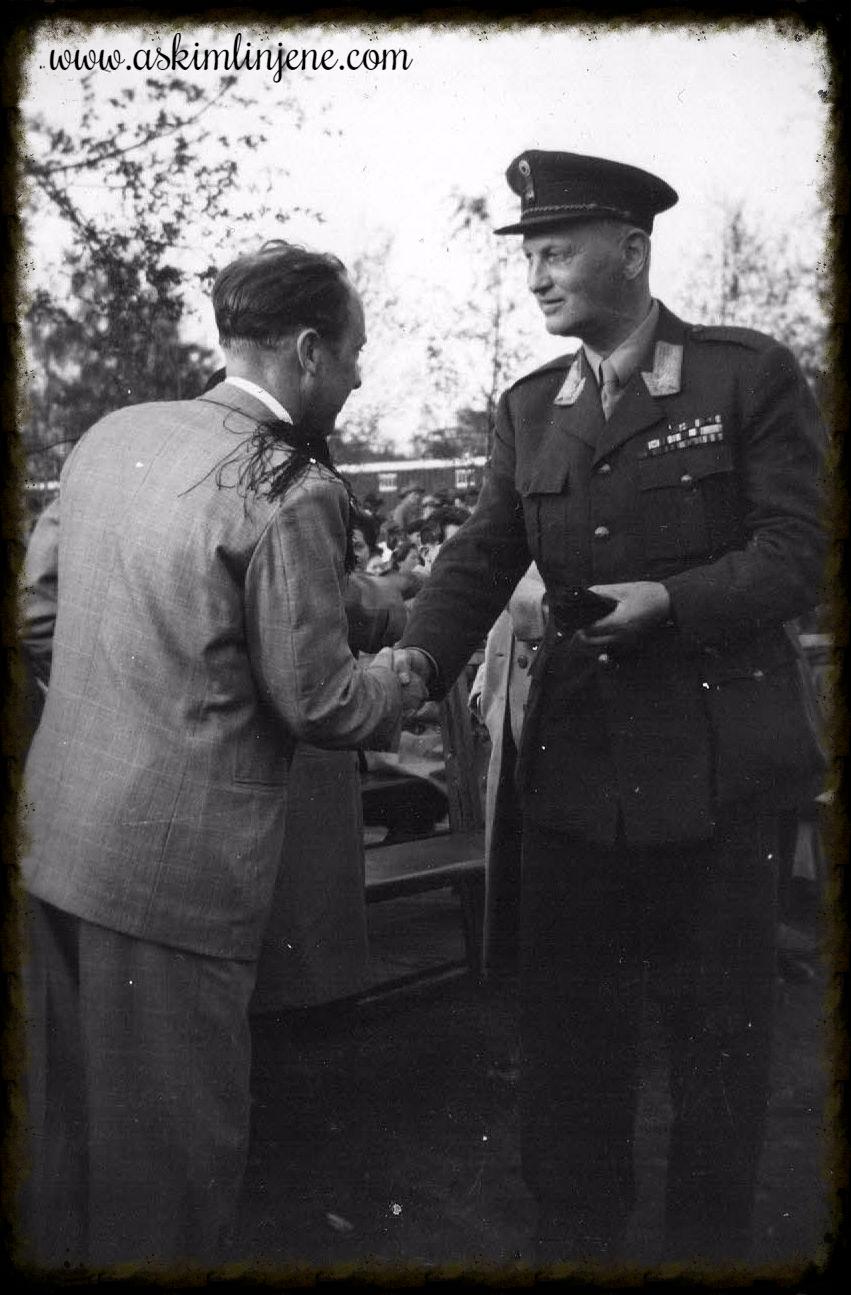 Journalist Waaler og General Helset