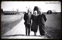 Lærer Hjertås,Dehli og Fru Anna 1951