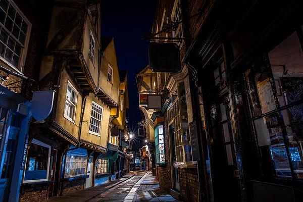 Medieval street of Shambles in York, England.jpg