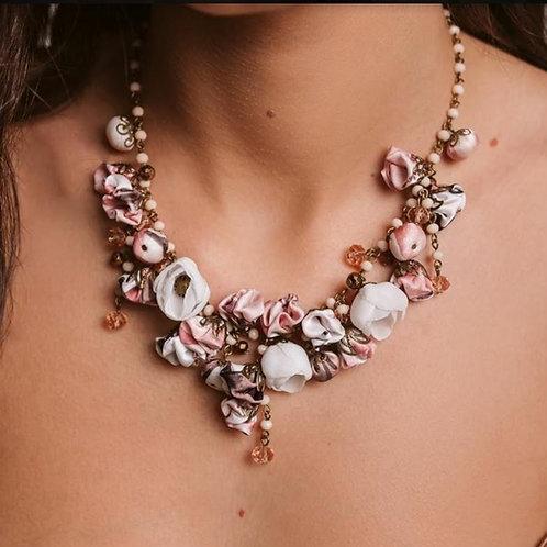 Collier BRIERE boutons de roses