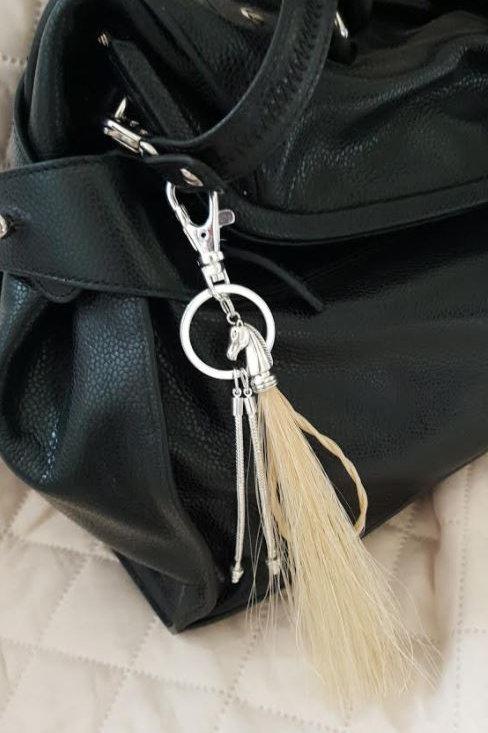 Bijou de sac TETE DE CHEVAL en crin blond