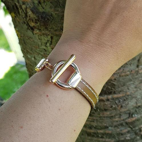 Bracelet en cuir fermoir T rosé