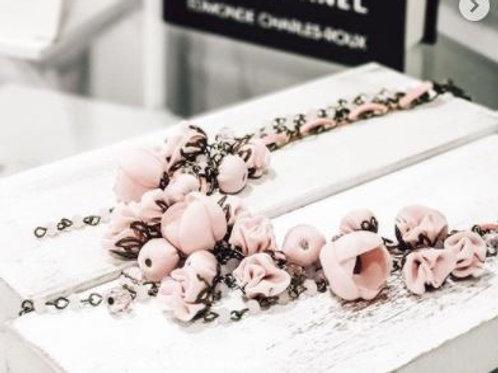 Collier BLUSH boutons de fleurs