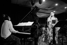 "Performance of ""Sakura Sakura"" with Kinami"