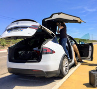 Wiring a Tesla Model X in Cascais