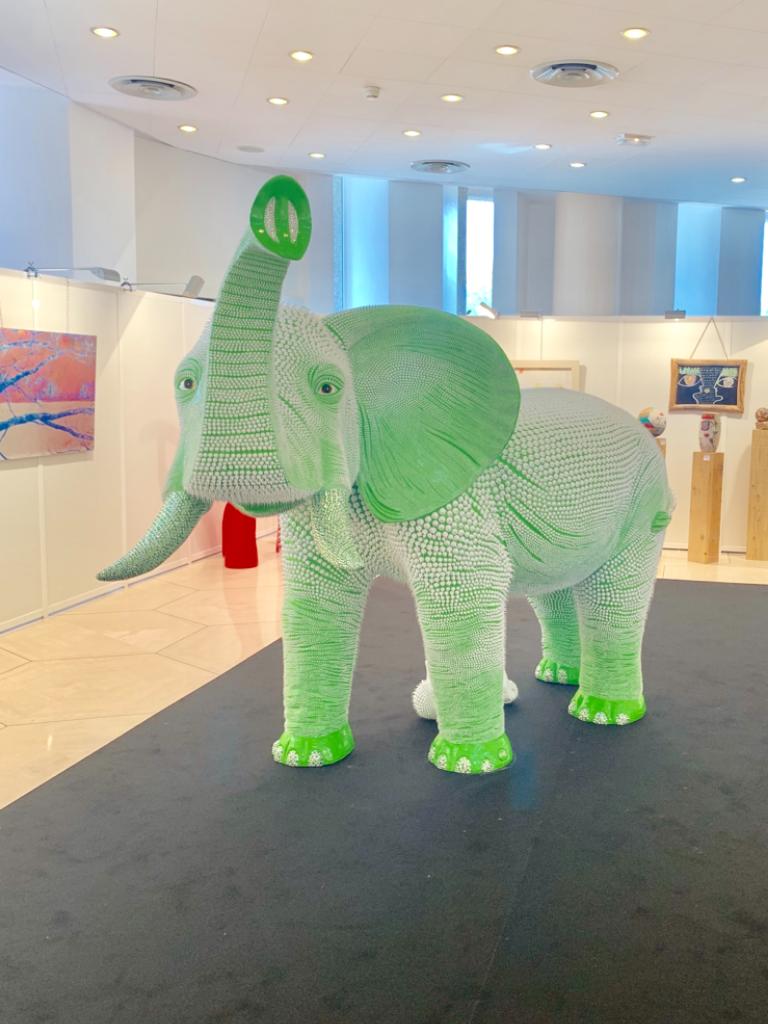 Elephant Vert 1