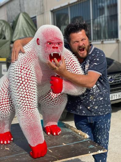 Gorille Rouge 1m