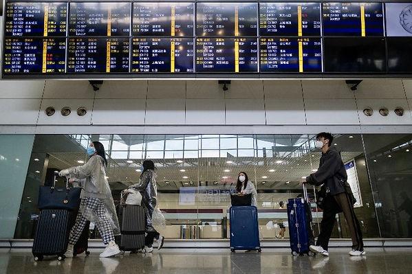 3-HK-Airport.jpg