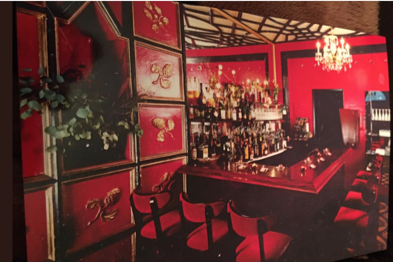 Toulouse on the Park Cabarete Bar