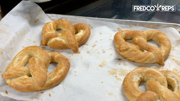 Doyon Trio Ventless Oven: Cheese and Salted Pretzels