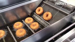 Belshaw Mark II Donut Robot - Mini Donuts with Glaze