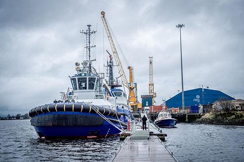 Foyle-Port-Strathfoyle-Tug-Boat-1-862x57