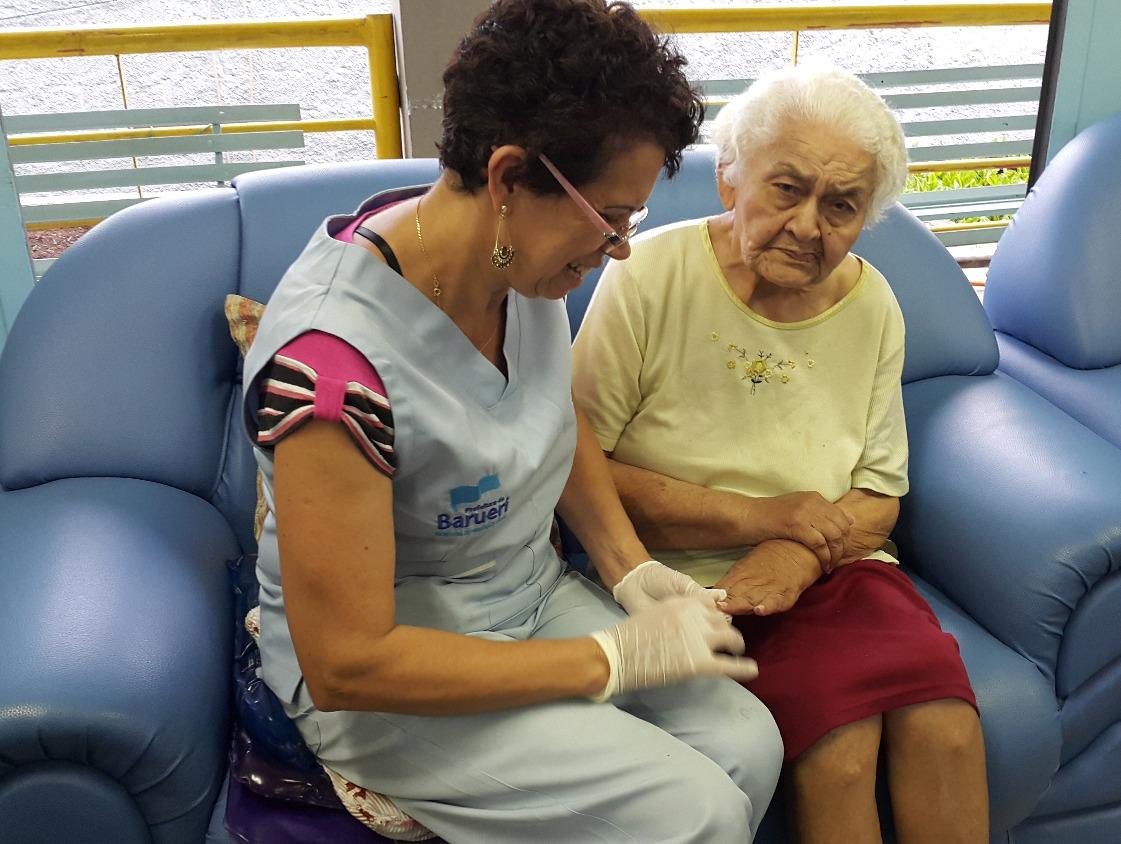 Cuidados com o idoso