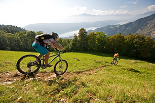 Mountainbiken__MTG_Archiv%C3%82%C2%A9Noc