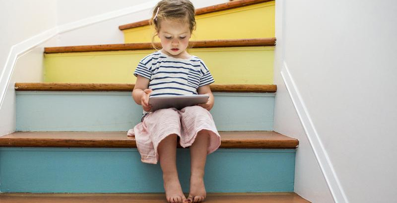 Excessive screen time hurts kids' health