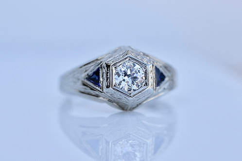 ART DECO ANTIQUE DIAMOND RING WITH SAPPHIRE WHITE GOLD