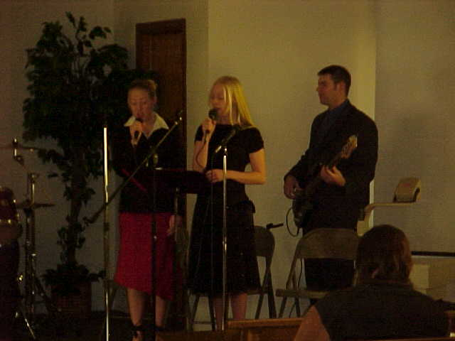 WorshipTeam3.JPG