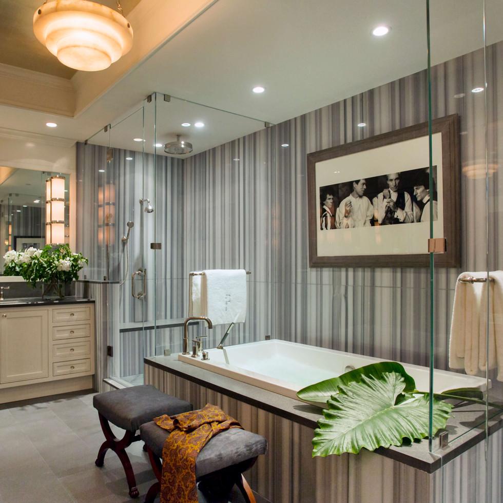 Kristin Paton FL 6 14 bathroom 1.jpg