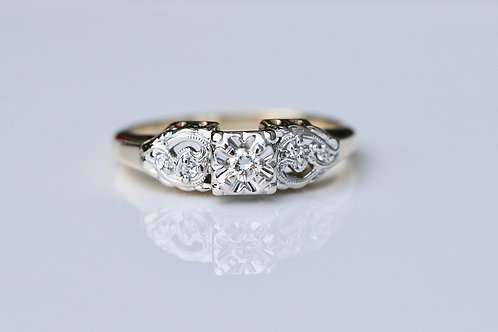 ANTIQUE DIAMOND ENGAGEMENT RING YELLOW GOLD