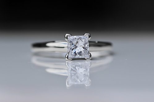 PRINCESS CUT SOLITAIRE DIAMOND ENGAGEMENT RING WHITE GOLD