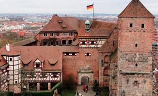 El Reichstag depone a Otón IV y declara a Federico Roger rey de Alemania